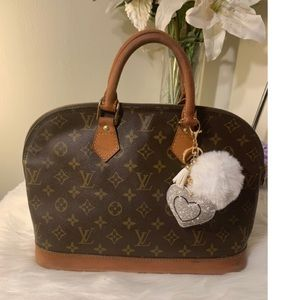 🌼Authentic Louis Vuitton Alma🌼
